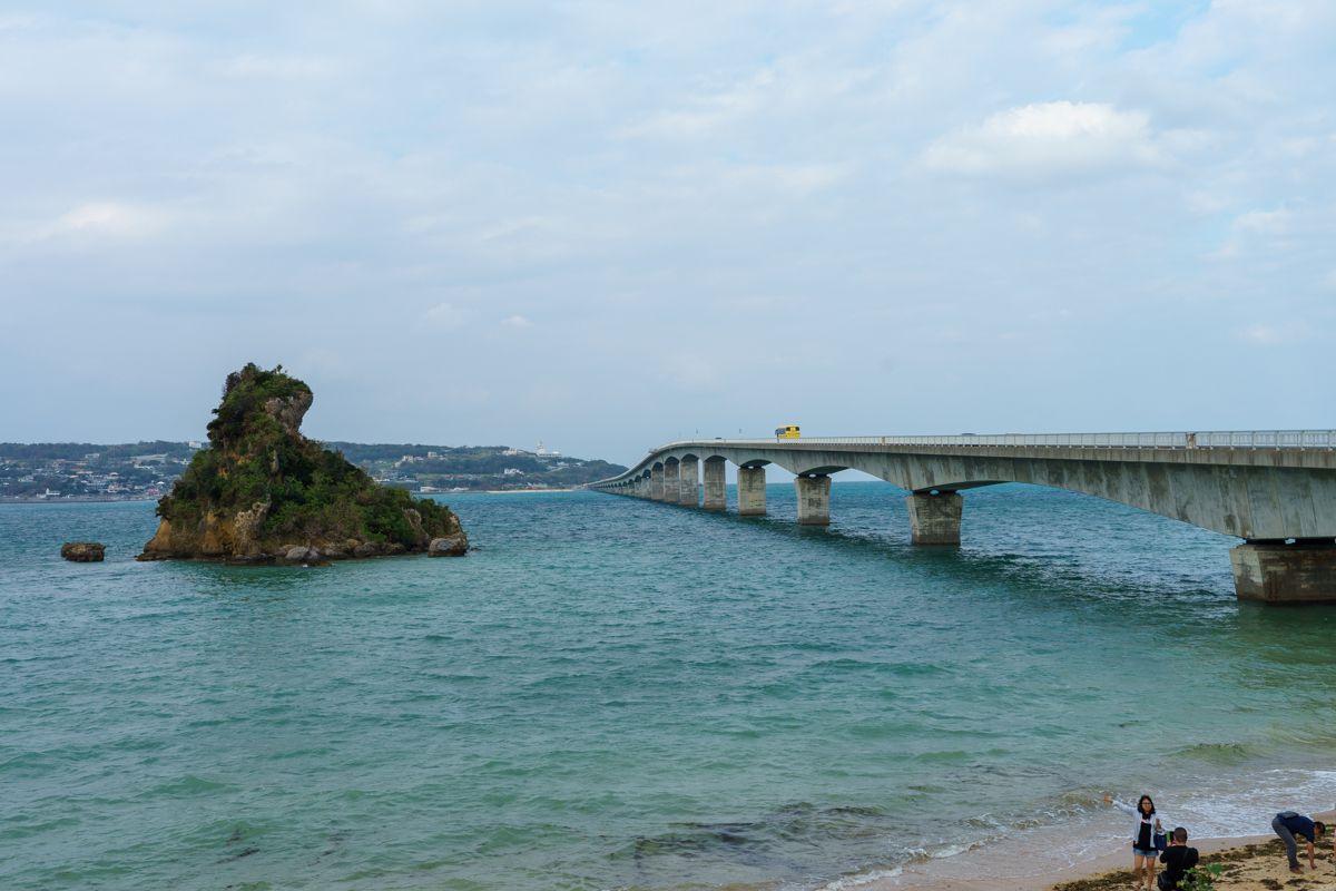 美らテラスからの古宇利島大橋