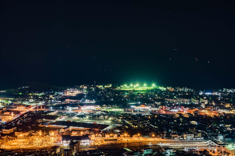 延岡 愛宕山から見た夜景 日向灘
