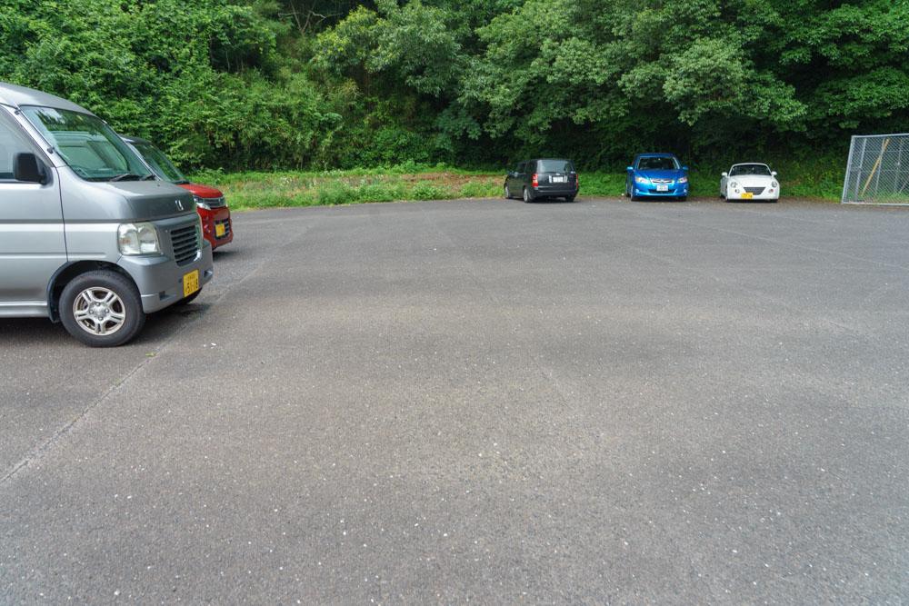 あめうしの滝 駐車場